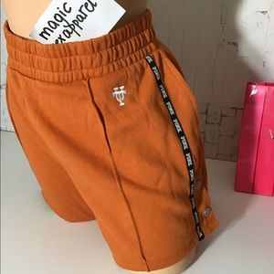 VS PINK UNIVERSITY OF TEXAS UT LONGHORNS SHORTS